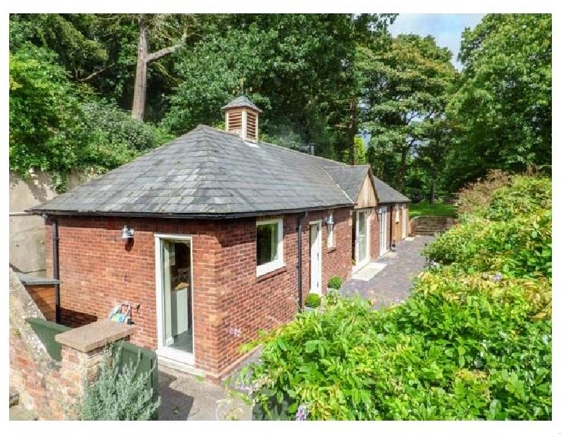 Cheshire Cottage Holidays - Click here for more about Badgers Rake