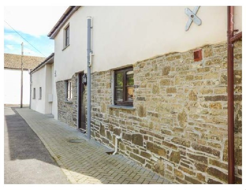 Devon Cottage Holidays - Click here for more about Sunnymead Cottage