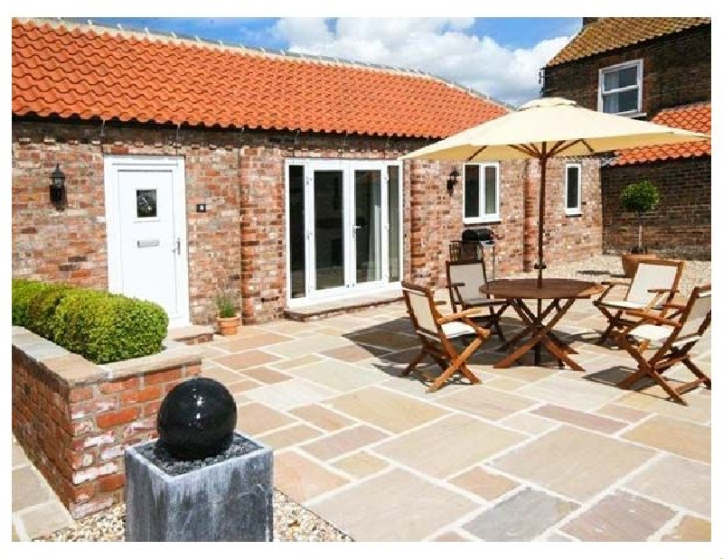 Yorkshire Cottage Holidays - Click here for more about Winsall Court II