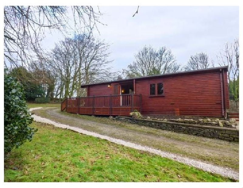 Derbyshire Cottage Holidays - Click here for more about The Lodge