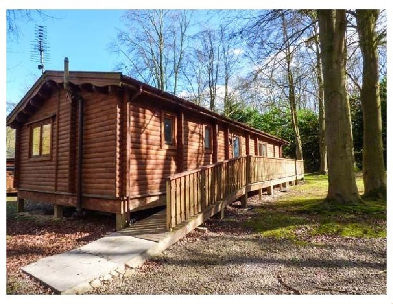 Lincolnshire Cottage Holidays - Click here for more about Lodge 27