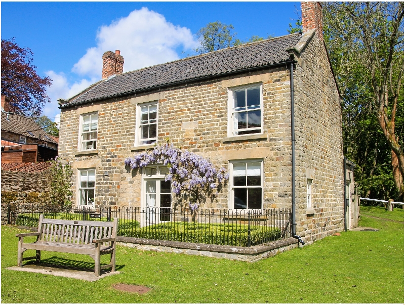 Yorkshire Cottage Holidays - Click here for more about The Green