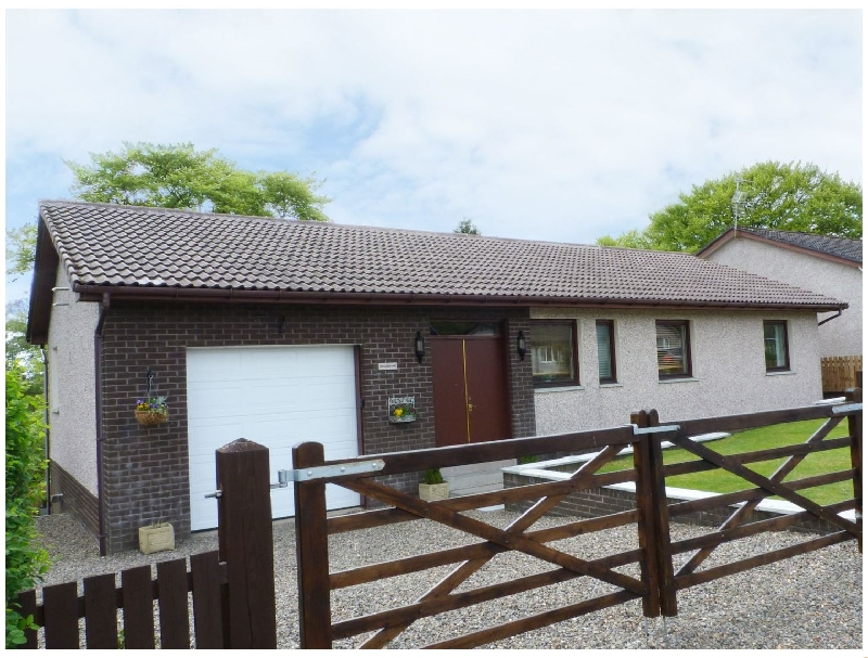 Lanarkshire Cottage Holidays - Click here for more about Mousebank