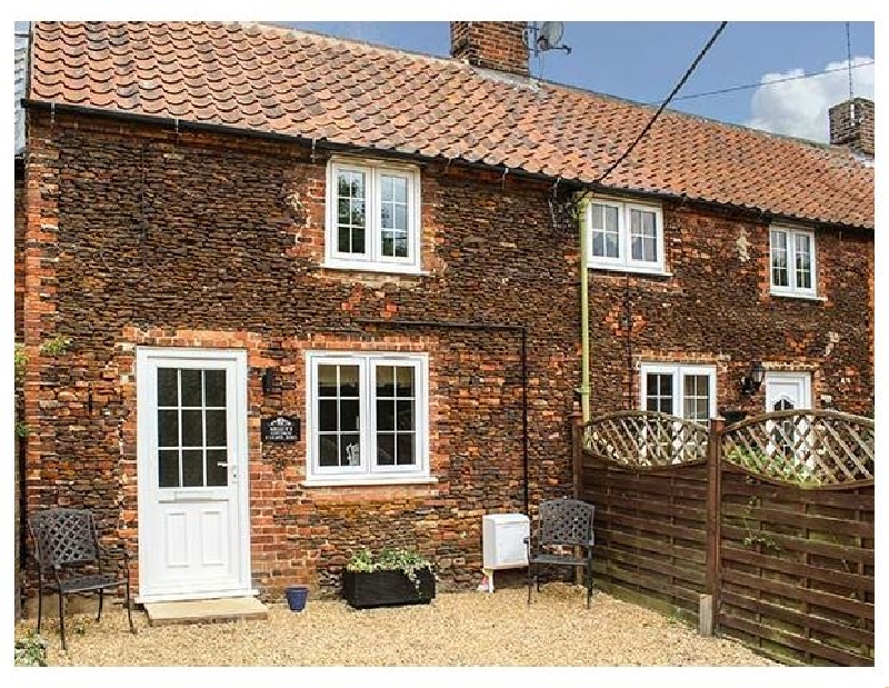 Norfolk Cottage Holidays - Click here for more about Meggie's Cottage