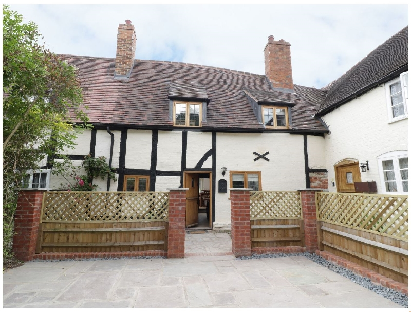 Warwickshire Cottage Holidays - Click here for more about 3 Hathaway Hamlet