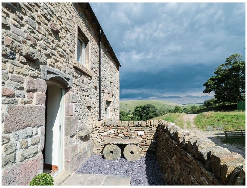 Staffordshire Cottage Holidays - Click here for more about Curlew