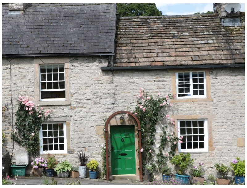 Derbyshire Cottage Holidays - Click here for more about Buttercup Cottage