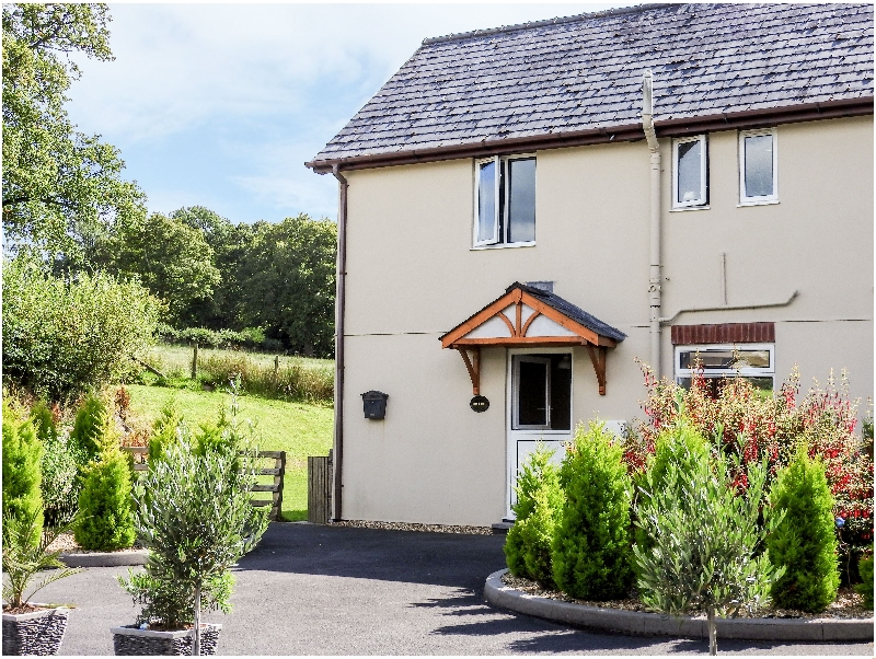 Powys Cottage Holidays - Click here for more about Red Kite Cottage