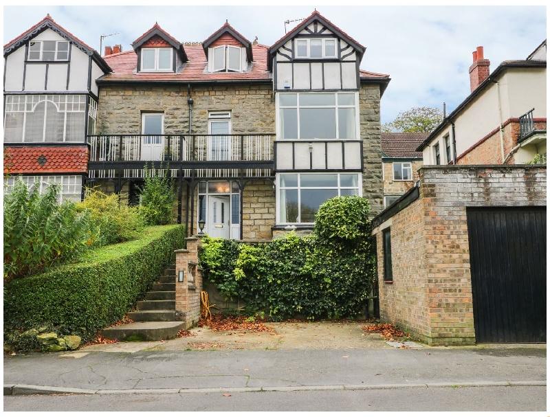 English Cottage Holidays - Brook Villa