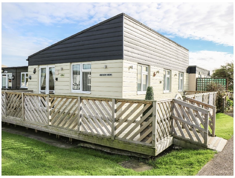 West Sussex Cottage Holidays - Click here for more about 26D Beach View