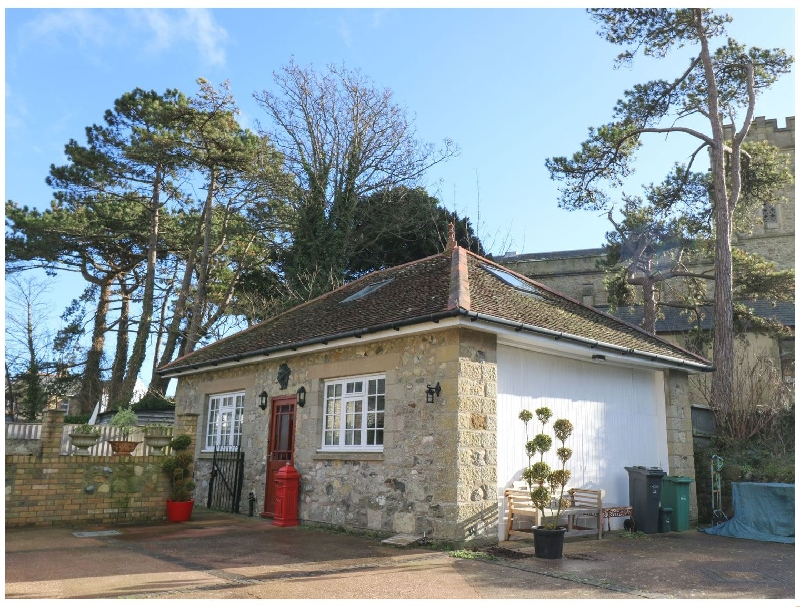 Isle of Wight Cottage Holidays - Click here for more about Manor Coach House