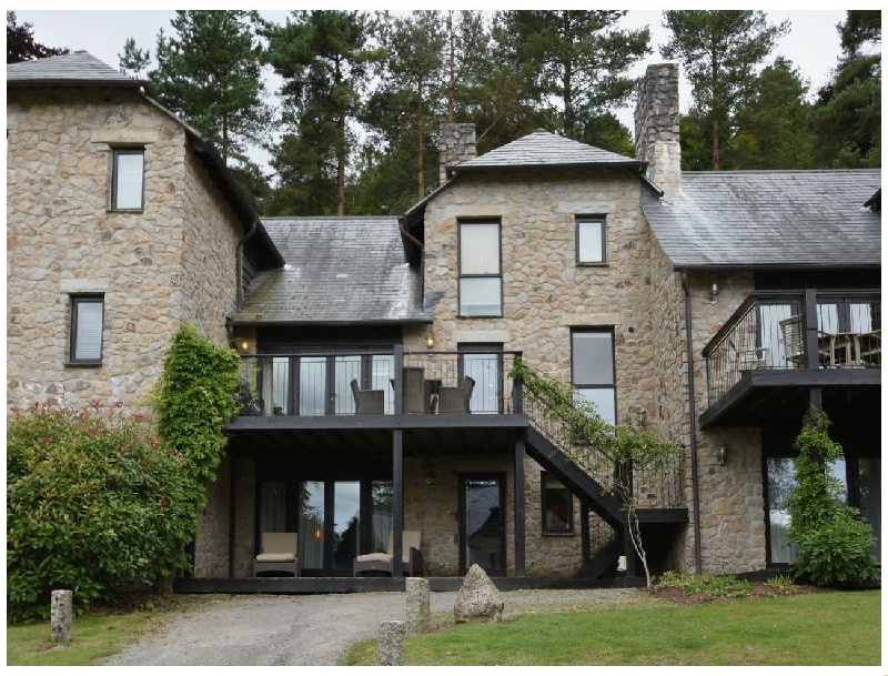 Devon Cottage Holidays - Click here for more about Cox Tor