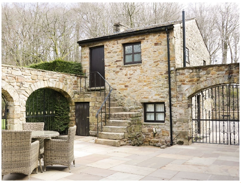 Lancashire Cottage Holidays - Click here for more about Courtyard Cottage