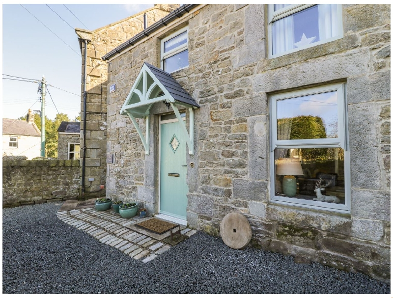Northumberland Cottage Holidays - Click here for more about The Smoot