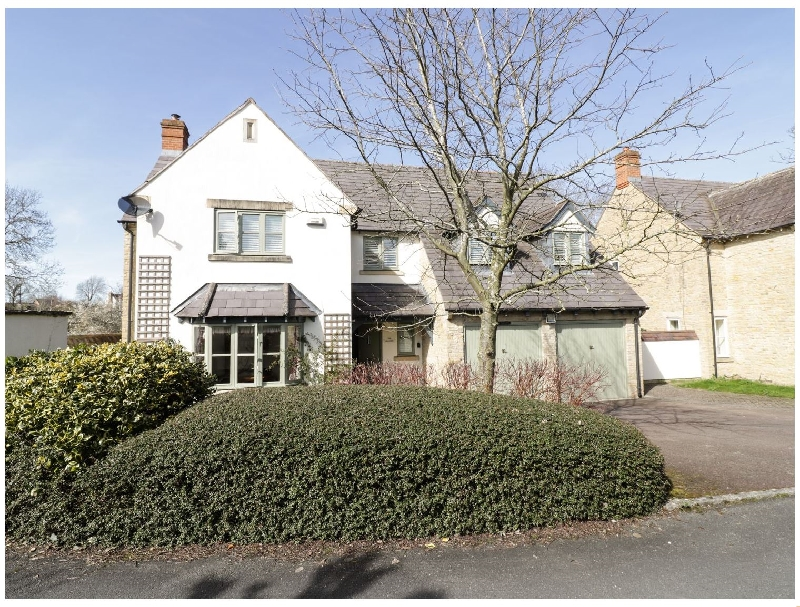 Warwickshire Cottage Holidays - Click here for more about The Willows