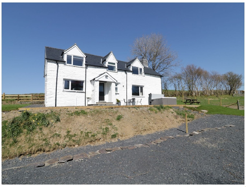 Powys Cottage Holidays - Click here for more about Bryndan