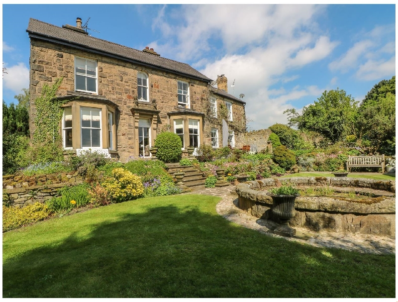 Denbighshire Cottage Holidays - Click here for more about Bryn Maelor