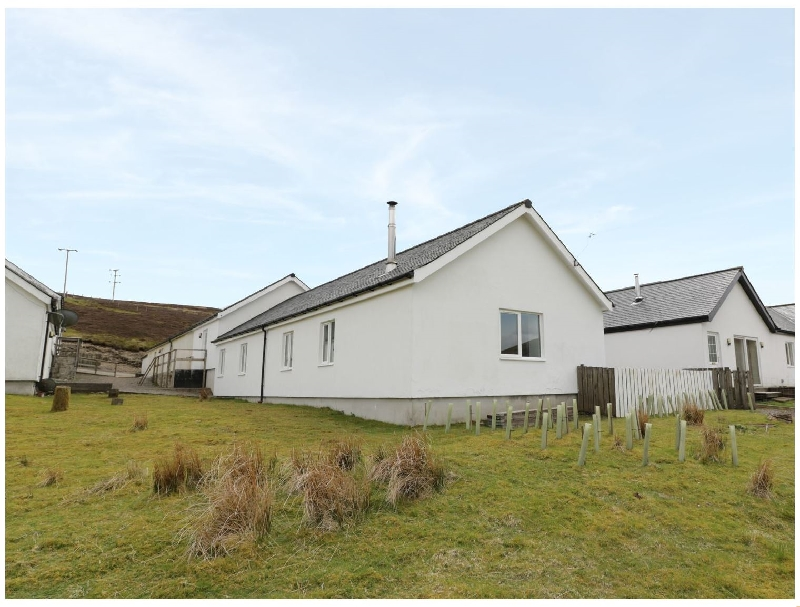 Lanarkshire Cottage Holidays - Click here for more about 4 Mountain Lodge