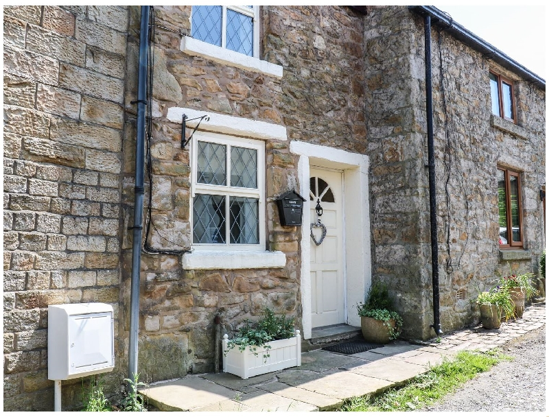 Lancashire Cottage Holidays - Click here for more about 5 The Opening