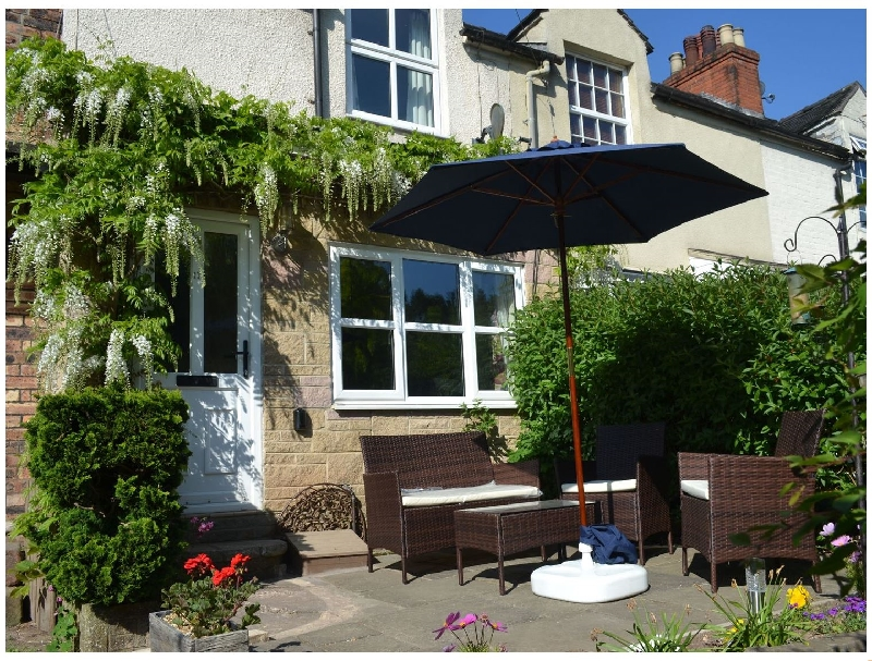 Staffordshire Cottage Holidays - Click here for more about 17 Riverside