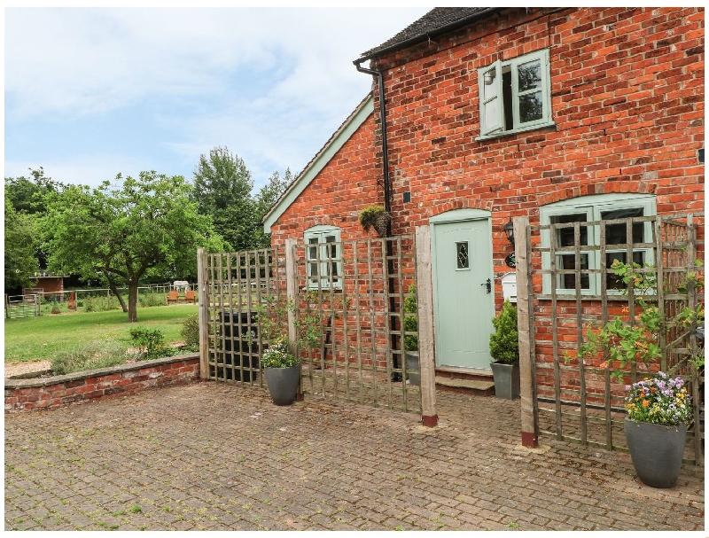 Cheshire Cottage Holidays - Click here for more about Laurel Cottage