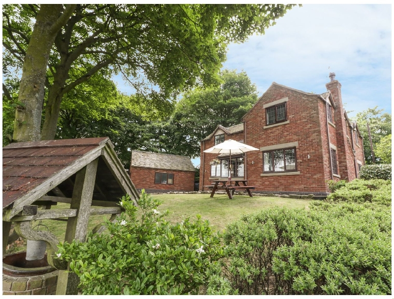 Staffordshire Cottage Holidays - Click here for more about Greenway Cottage