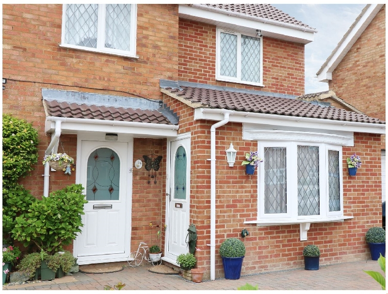 Swindon Cottage Holidays - Click here for more about 16 Retingham Way