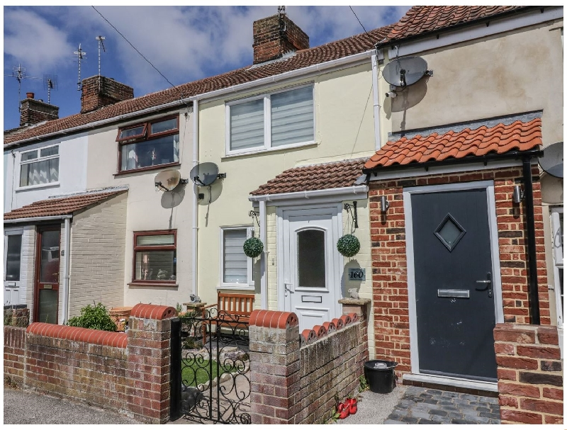 Suffolk Cottage Holidays - Click here for more about 160 Pakefield Street