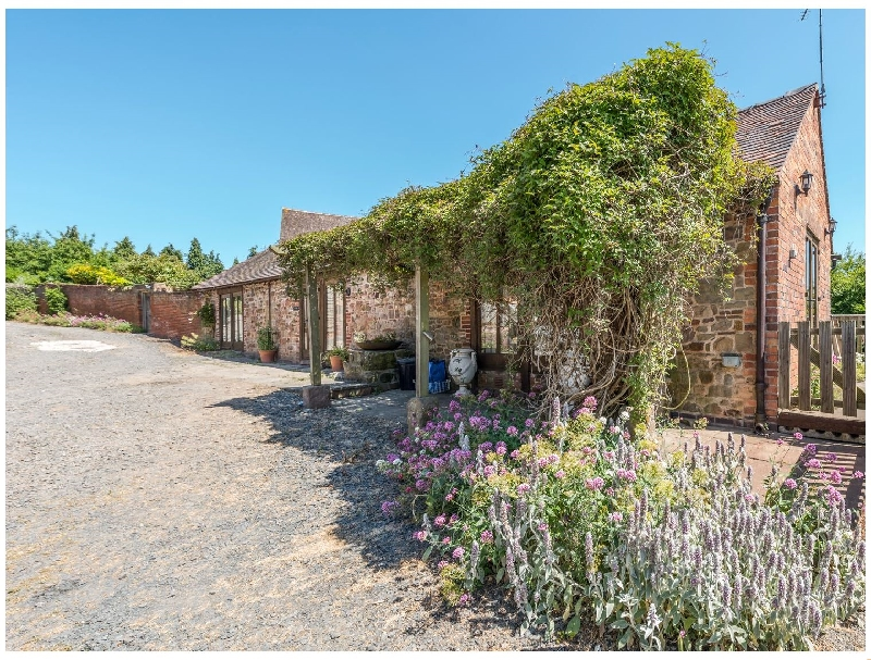Shropshire Cottage Holidays - Click here for more about Garden Barn