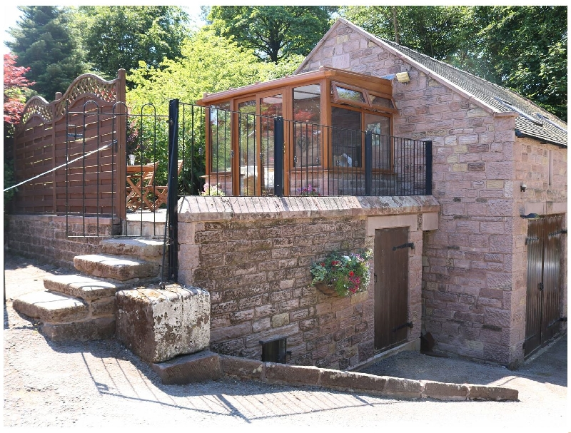 Staffordshire Cottage Holidays - Click here for more about Willow Cottage