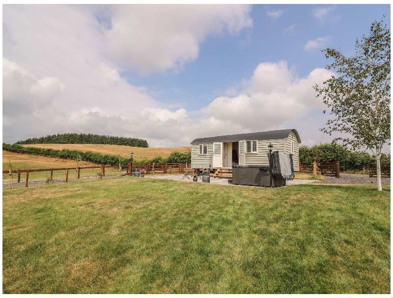 Powys Cottage Holidays - Click here for more about Hillside View