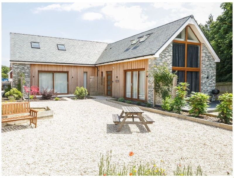 Dorset Cottage Holidays - Click here for more about Shepherd Oak