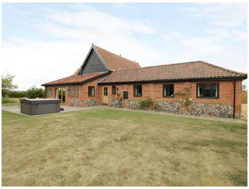 Suffolk Cottage Holidays - Click here for more about Upper Barn Annexe