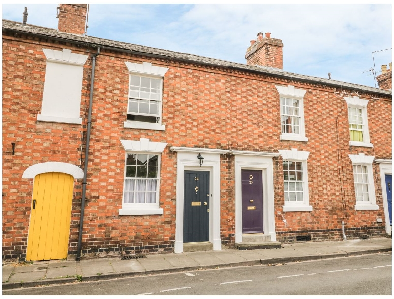Warwickshire Cottage Holidays - Click here for more about 24 College Lane