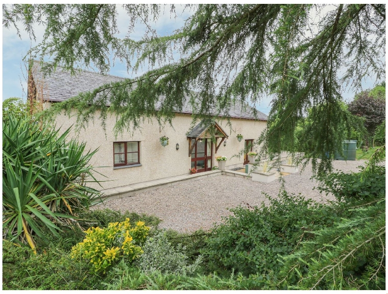 Denbighshire Cottage Holidays - Click here for more about Y Bwthyn Tynycoed
