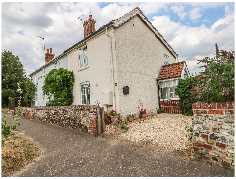 Norfolk Cottage Holidays - Click here for more about Megs Cottage