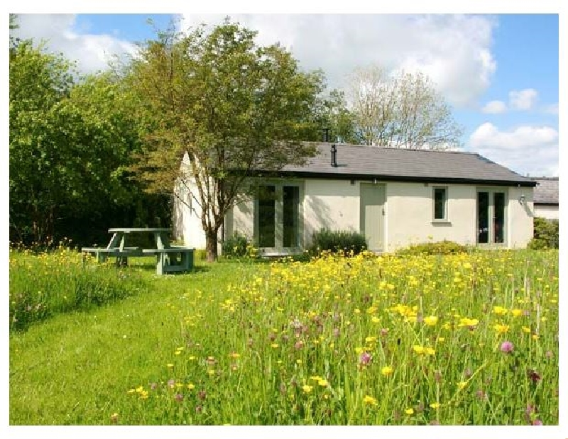 Gloucestershire Cottage Holidays - Click here for more about Bailey Point Cottage