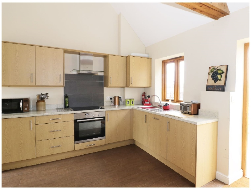 Worcestershire Cottage Holidays - Click here for more about The Combine Shed