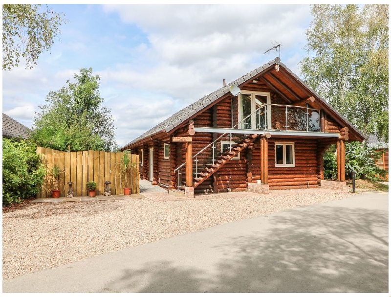 Lincolnshire Cottage Holidays - Click here for more about Woodpecker Lodge