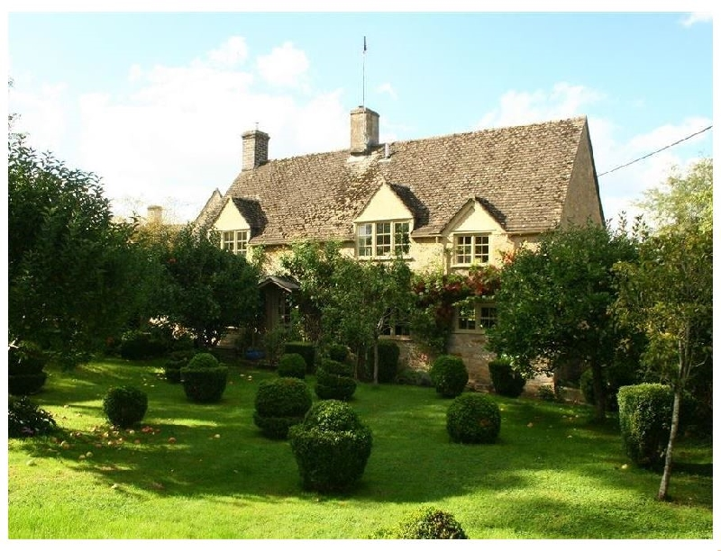 Gloucestershire Cottage Holidays - Click here for more about Pear Tree Cottage