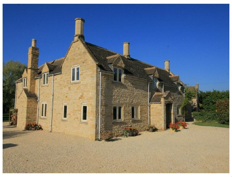 Warwickshire Cottage Holidays - Click here for more about Kite's House