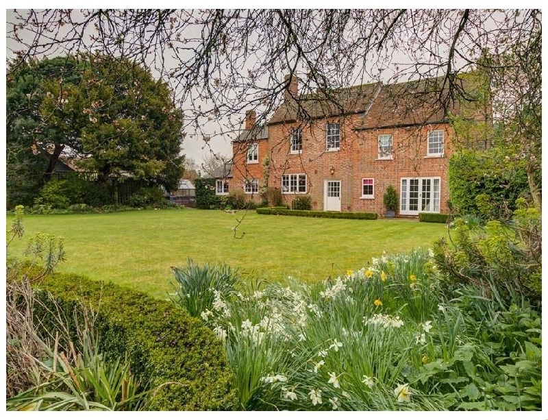 Oxfordshire Cottage Holidays - Click here for more about The Old Vicarage