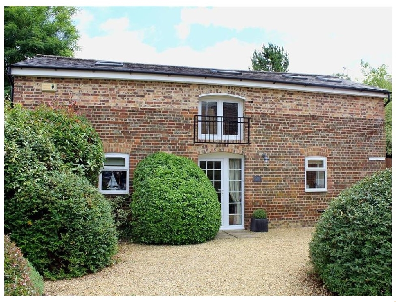 Wiltshire Cottage Holidays - Click here for more about Nadder Barn