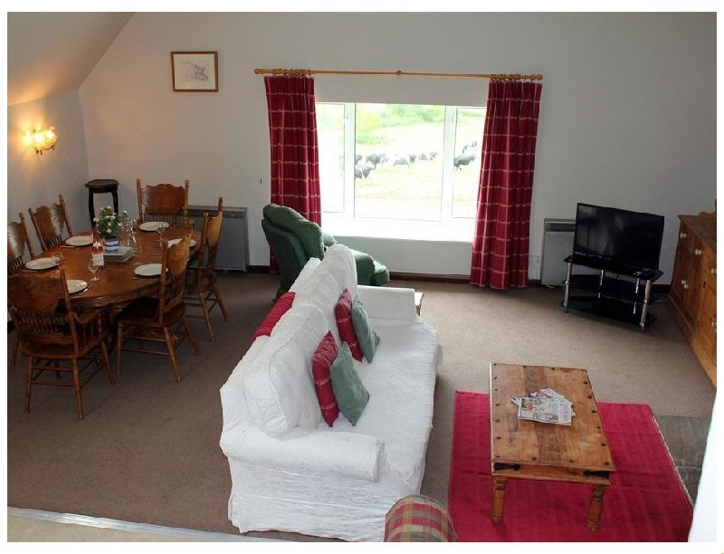 Wiltshire Cottage Holidays - Click here for more about The Granary