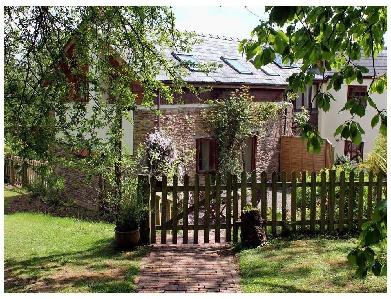 Gloucestershire Cottage Holidays - Click here for more about The Cider Barn