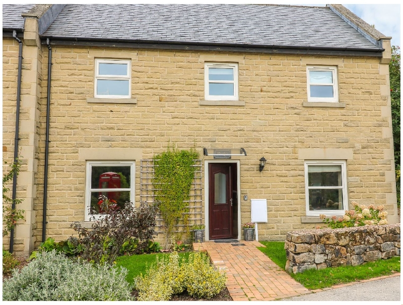 Derbyshire Cottage Holidays - Click here for more about Farley