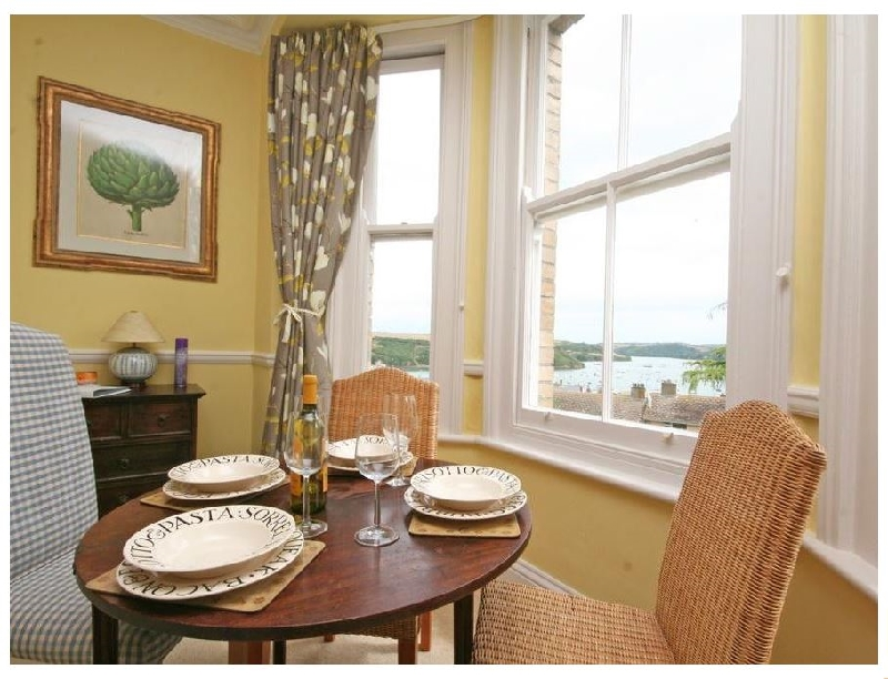 English Cottage Holidays - 1c Harbour View