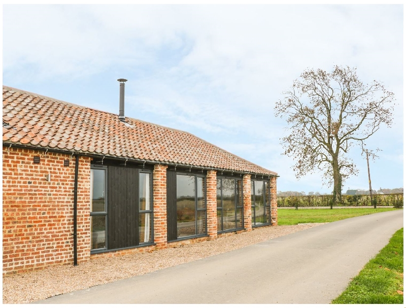 Lincolnshire Cottage Holidays - Click here for more about Little Owl