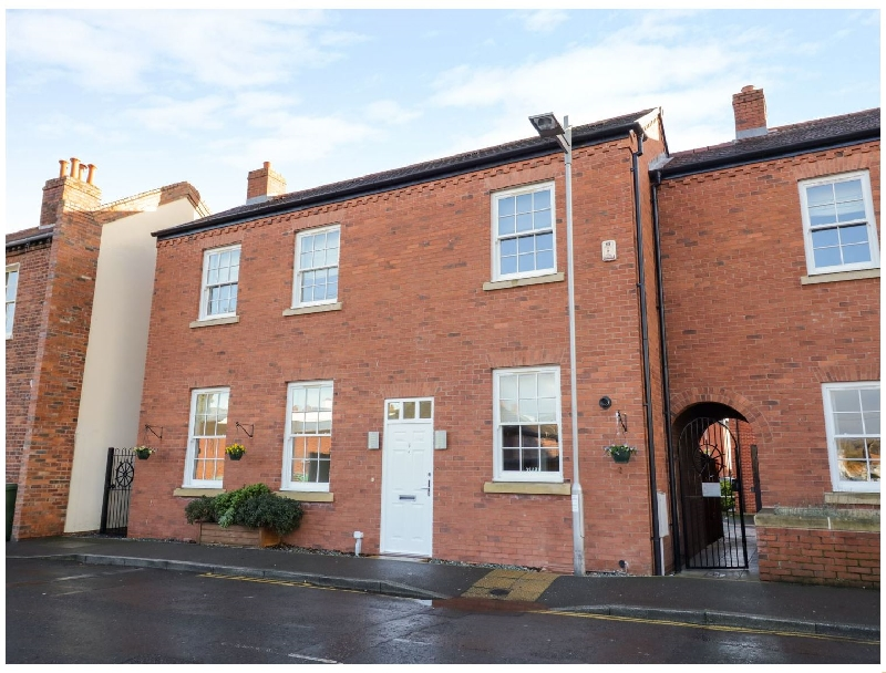 Worcestershire Cottage Holidays - Click here for more about 7 Mart Lane