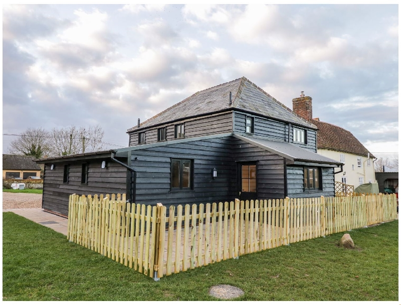 Essex Cottage Holidays - Click here for more about The Granary